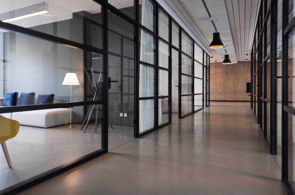 Pourquoi déléguer la gestion locative de votre bien immobilier ?