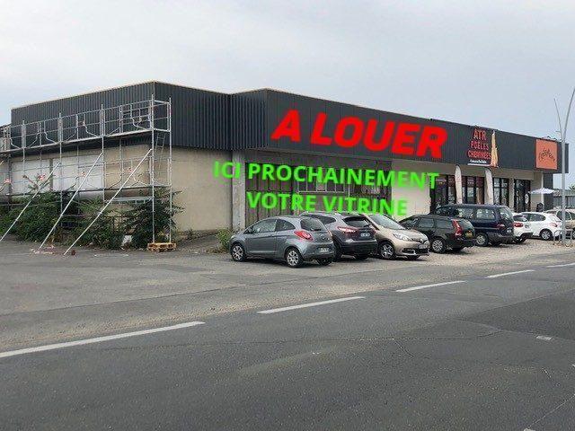 Louer Local commercial Local commercial, Montaigu 530 m2 - LP522-DURET
