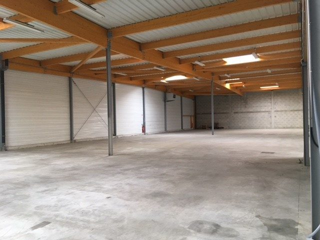 Louer Local industriel Local industriel, Cugand 2395 m2 - LP562-DURET