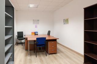 Louer Bureau Bureau, La Roche-sur-Yon 51 m2 - LP418-DURET