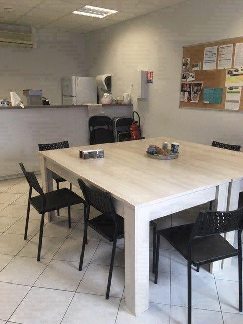 Louer Local professionnel Local professionnel, Montaigu-Vendée 280 m2 - LP640-DURET