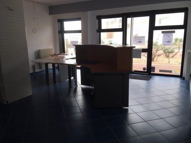 Louer Local commercial Local commercial, Les-Sables-d-Olonne 100 m2 - LP672-DURET