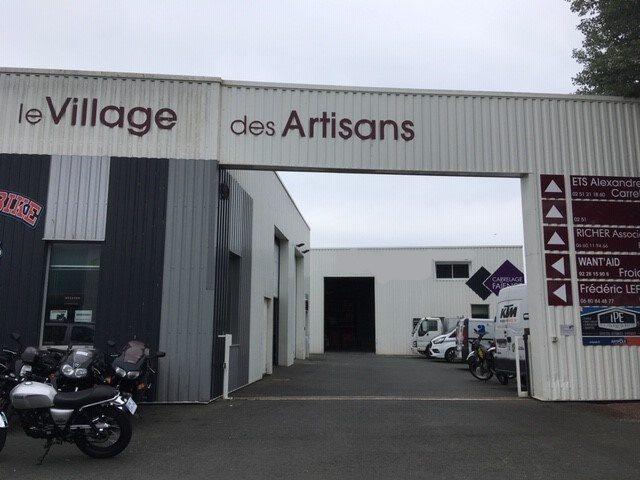Louer Local professionnel Local professionnel, Les-Sables-d-Olonne 200 m2 - LP714-DURET