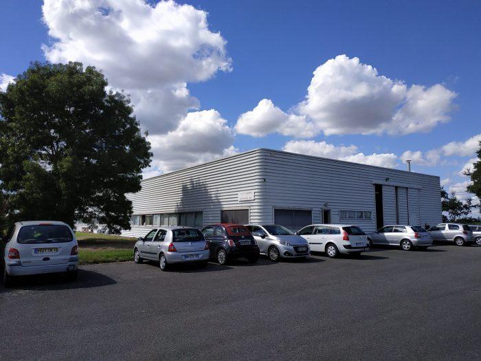 Acheter Local professionnel Local professionnel, Vieillevigne 1000 m2 - VP786-DURET