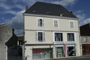 Local commercial, fontenay le comte 20 m2