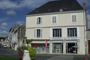 Local commercial, fontenay le comte 130 m2