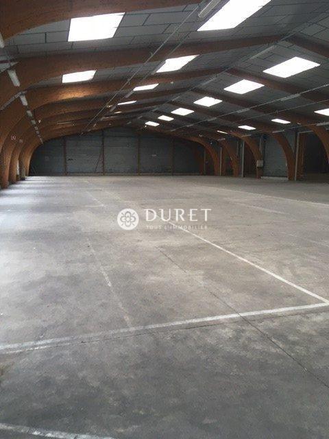 Louer Entrepôt Entrepôt, Montaigu-Vendée 2958 m2 - LP846-DURET