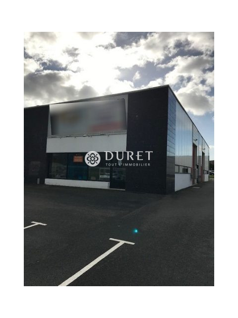 Louer Local commercial Local commercial, Challans 156 m2 - LP868-DURET