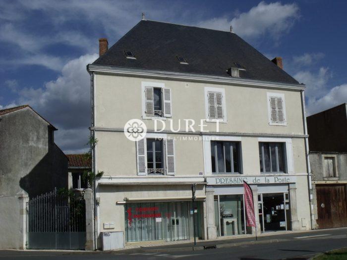 Louer Local commercial Local commercial, fontenay le comte 20 m2 - LP874-DURET
