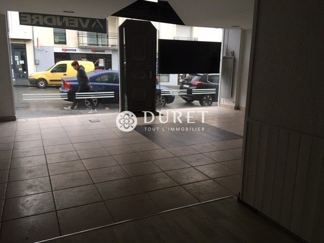 Louer Local commercial Local commercial, La Roche-sur-Yon 55 m2 - LP618-DURET