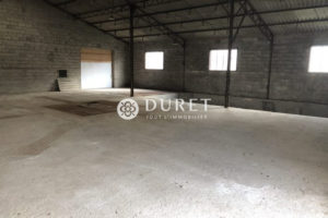 Local professionnel, Landeronde 340 m2