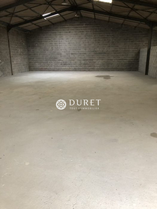 Louer Local professionnel Local professionnel, Landeronde 312 m2 - LP862-DURET