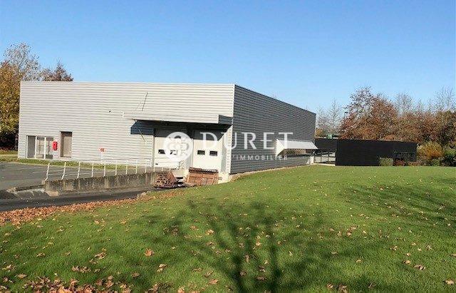 Louer Local industriel Local industriel, Boufféré 900 m2 - LP866-DURET