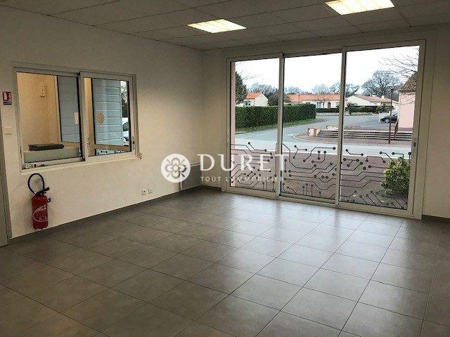 Louer Bureau Bureau, La Merlatière 105 m2 - LP939-DURET