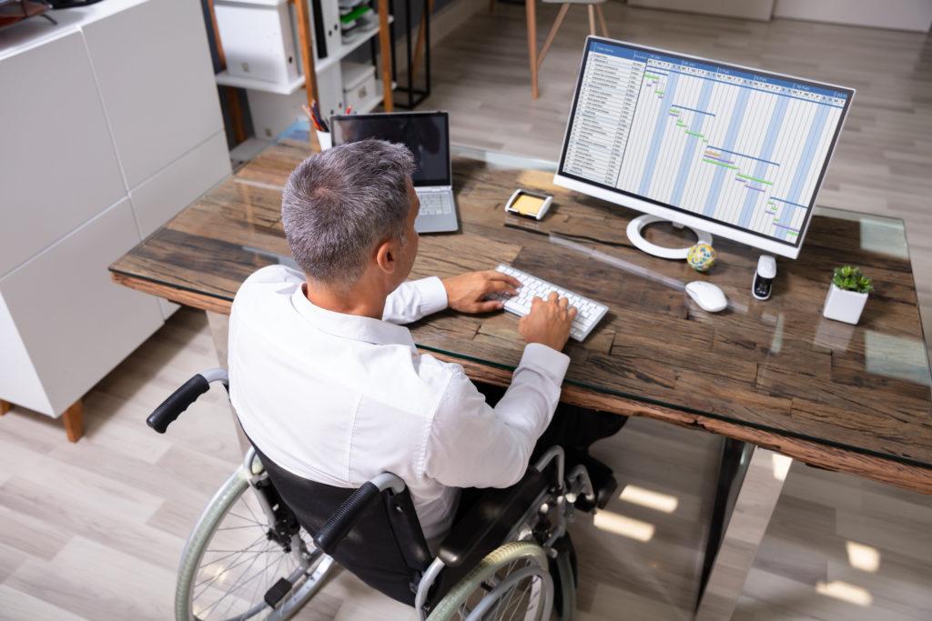 Accessibilité des personnes handicapées aux ERP : quelle est la règle ?