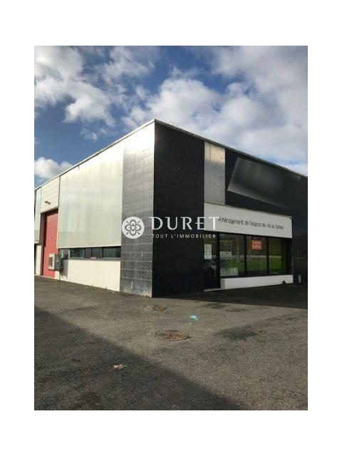 Louer Local commercial Local commercial, Challans 156 m2 - LP870-DURET