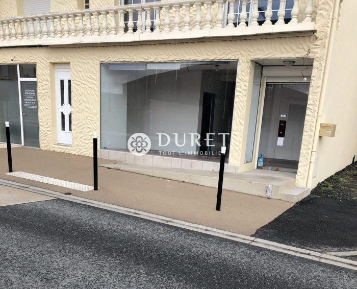 Louer Local commercial Local commercial, Bournezeau 0 m2 - LP912-DURET