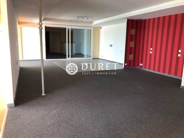 Louer Local commercial Local commercial, Aizenay 530 m2 - LP1006-DURET