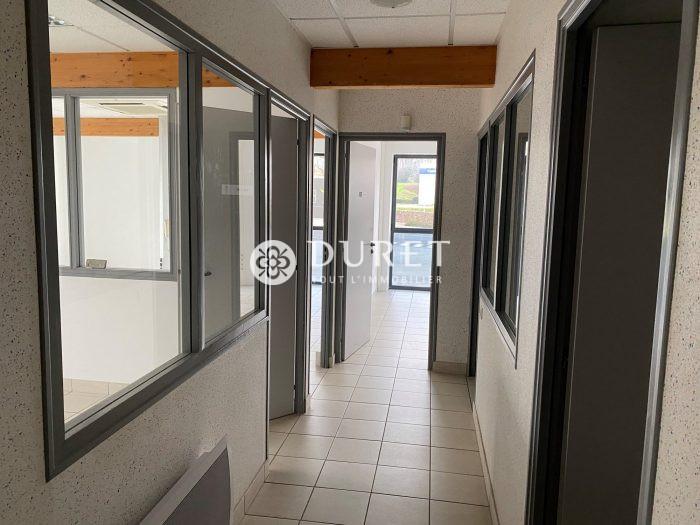 Louer Bureau Bureau, Les Herbiers 120 m2 - LP955-DURET