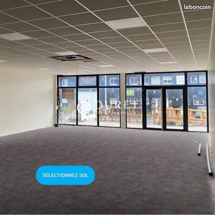 Louer Local commercial Local commercial, Montaigu 144 m2 - LP652-DURET