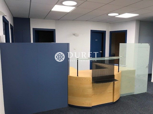 Louer Bureau Bureau, Les Sables-d'Olonne 100 m2 - LP945-DURET