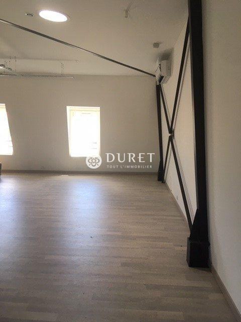 Louer Local professionnel Local professionnel, Les-Sables-d-Olonne 136 m2 - LP984-DURET