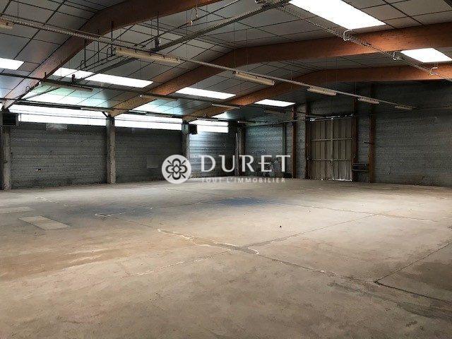 Louer Local professionnel Local professionnel, La Roche-sur-Yon 500 m2 - LP1054-DURET