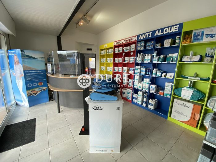 Louer Local commercial Local commercial, Les Sables-d'Olonne 250 m2 - LP1012-DURET