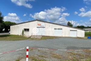 Local professionnel, Les Epesses 985 m2