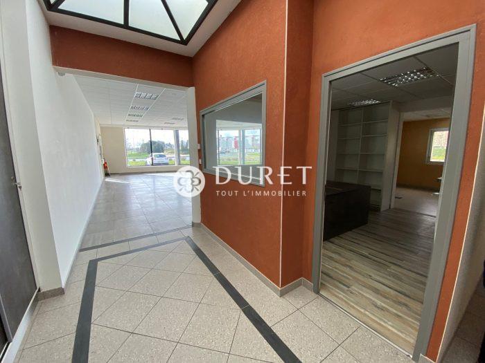 Louer Local professionnel Local professionnel, Mortagne-sur-Sèvre 452 m2 - LP941-DURET