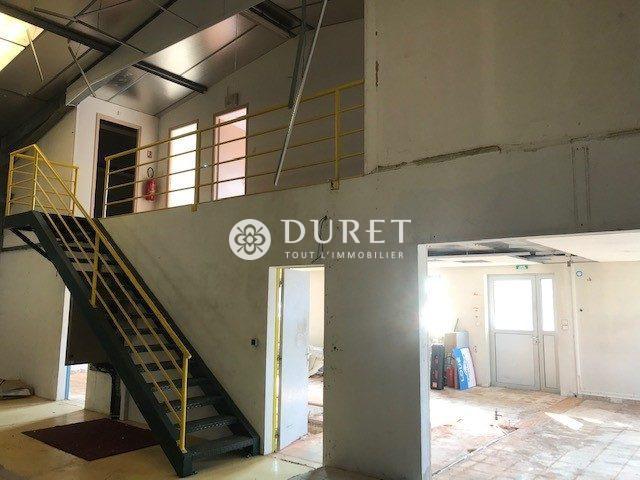 Louer Local professionnel Local professionnel, Les Sables-d'Olonne 490 m2 - LP960-DURET
