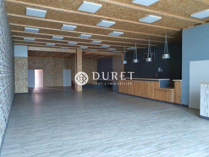 Louer Local commercial Local commercial, Aubigny-Les Clouzeaux 200 m2 - LP858-DURET