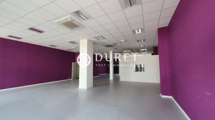 Louer Local commercial Local commercial, Saint-Gilles-Croix-de-Vie 185 m2 - LP1056-DURET