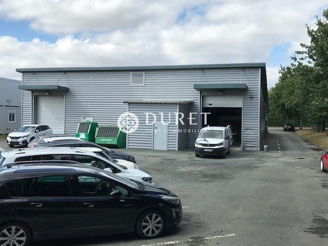 Louer Local professionnel Local professionnel, Montaigu-Vendée 560 m2 - LP1106-DURET