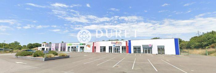Louer Local industriel Local industriel, La Roche-sur-Yon 1540 m2 - LP1129-DURET